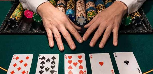 Agen Poker – Helps You to Play Your Games Freely